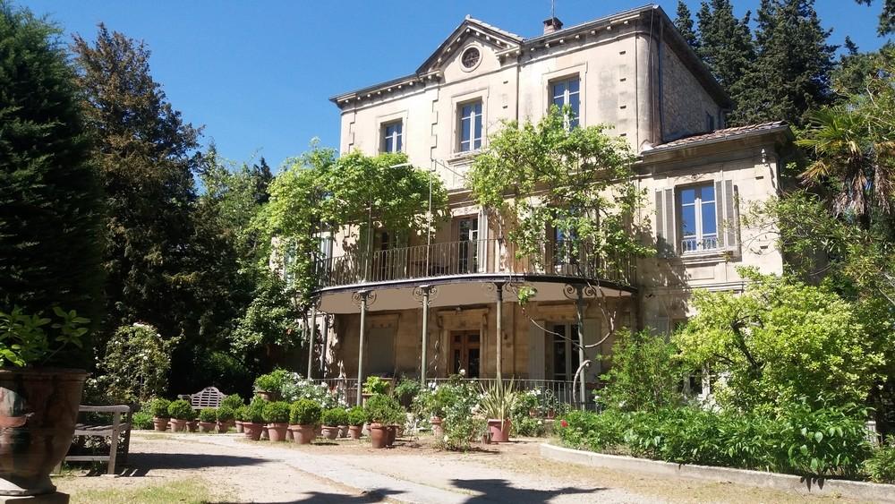 Gite Et Appartement Meuble 5 Personnes Avignon